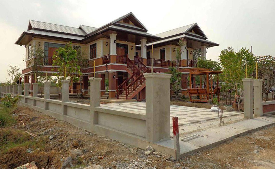 ผลงานการออกแบบและก่อสร้าง บ้านคุณสาธิต (คุณไก่)